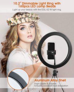 Ring light pour vidéos TikTok Elegiant